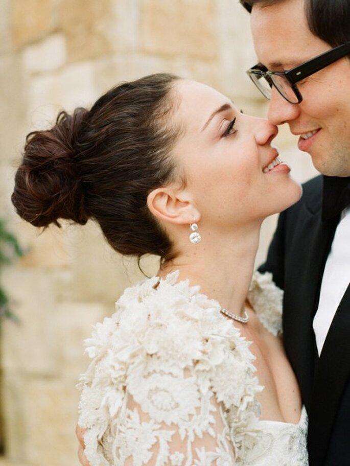 4 mascarillas naturales para olvidarte de los granitos en tu boda - Foto Elizabeth Messina