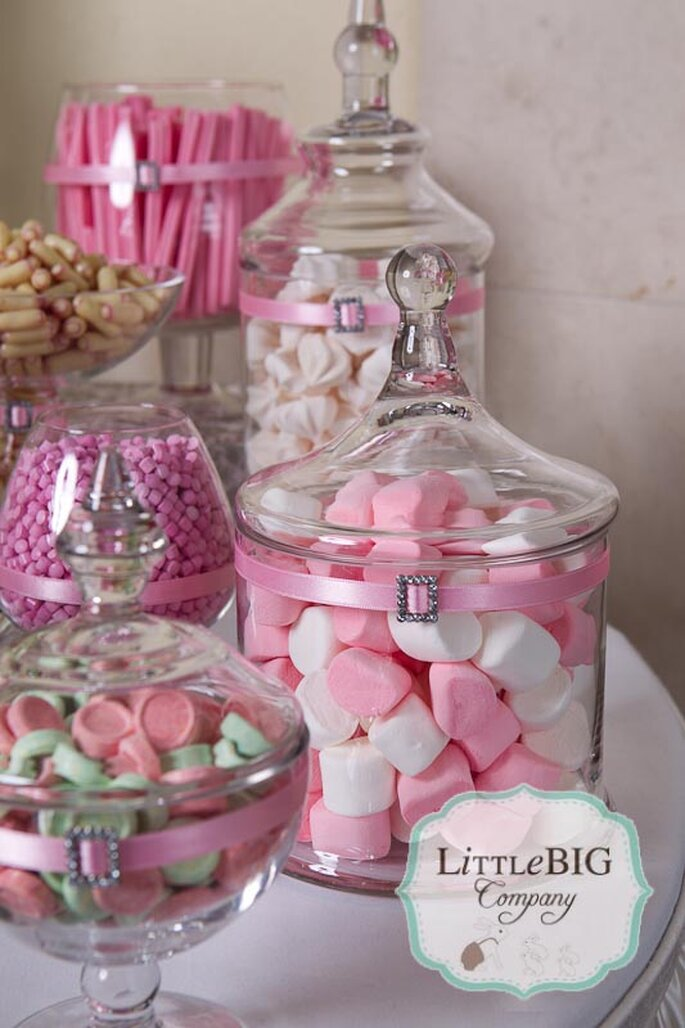 Un nuovo trend il wedding candy buffet for Centros de mesa con chuches
