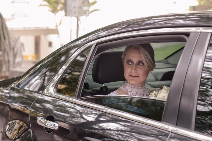 chegada da noiva na igreja