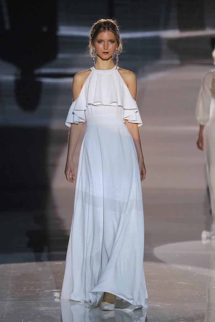 Vestido: Jesús Peiró I Foto: Barcelona Bridal Fashion Week