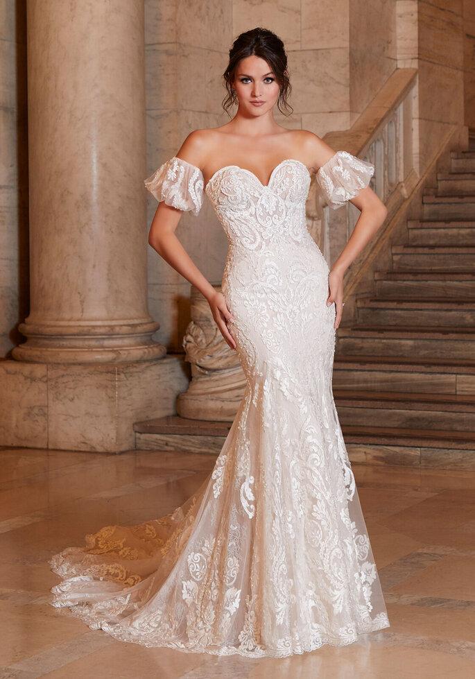 Morilee Vestido de novia en escote corazónVestido de novia en corte sirena de bordado con mangas acampanadas y caídas