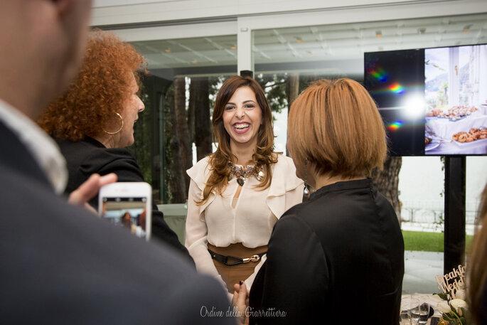 Sara con lo staff di Elle Spose
