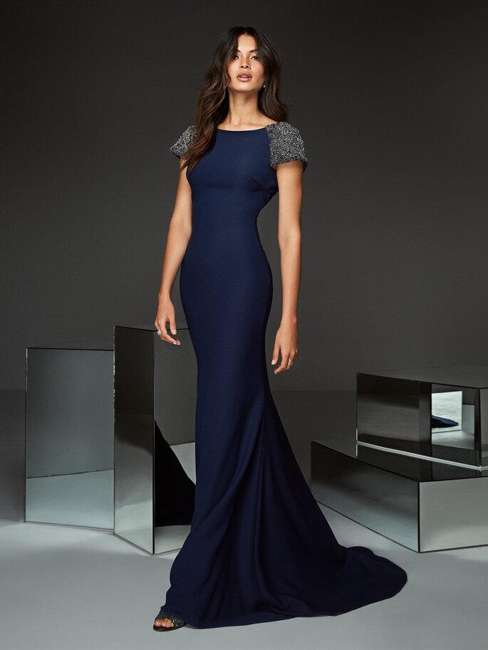 Hochzeitsmode. Cocktailkleider blau