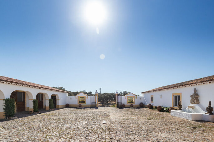 Rosa Estates: The Farmhouse & Stables Quinta bodas Portalegre
