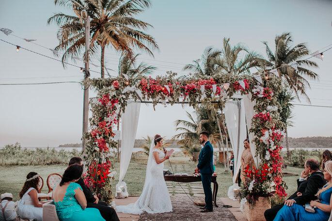 Local da cerimônia e da festa: Coqueiral Praia Hotel - Foto: Cleidimar Lopes