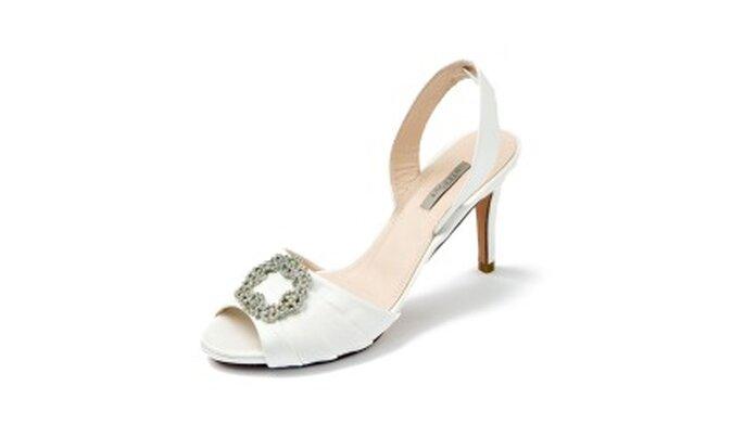 Zapatos de novia: sandalia con adorno de strass