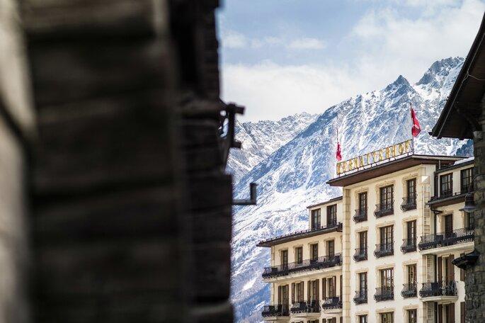 Das Grand Hotel Zermatterhof als perfekte Location für eine Berghochzeit in den Schweizer Alpen