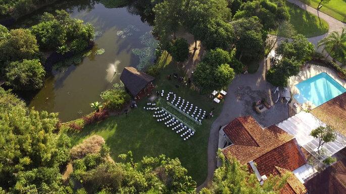 Foto de casamento aérea com drone