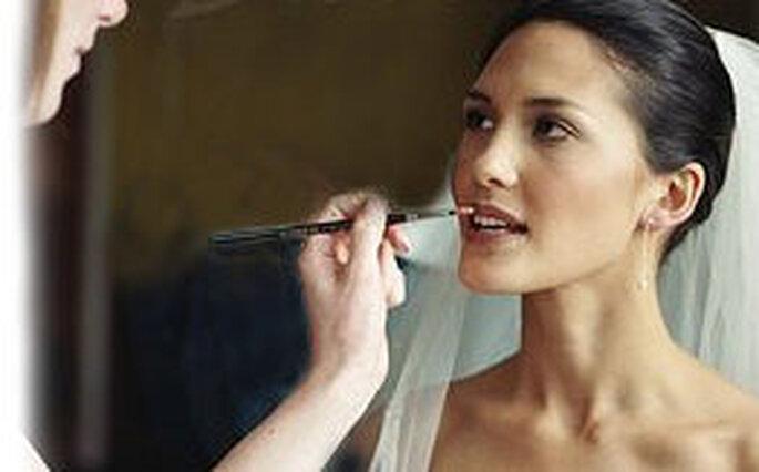 Maquillage pour mari es brunes - Maquillage pour brune ...