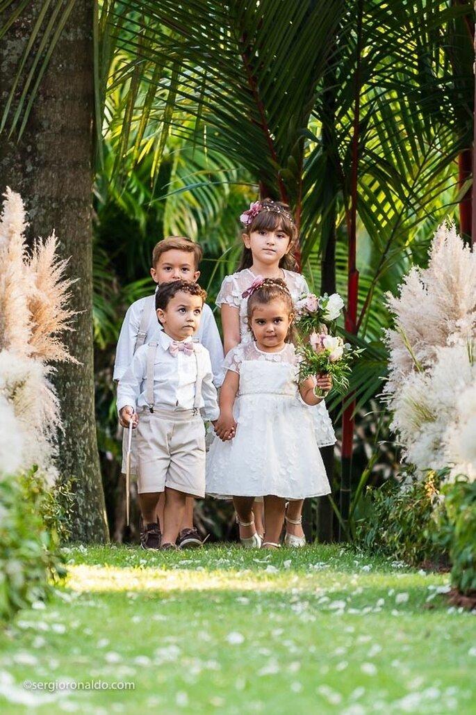 Roupa dos pajens e daminhas: Mio Bambino e Milon - Foto: Sérgio Ronaldo Fotografias
