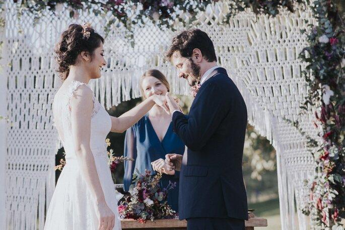 alianças cerimônia de casamento