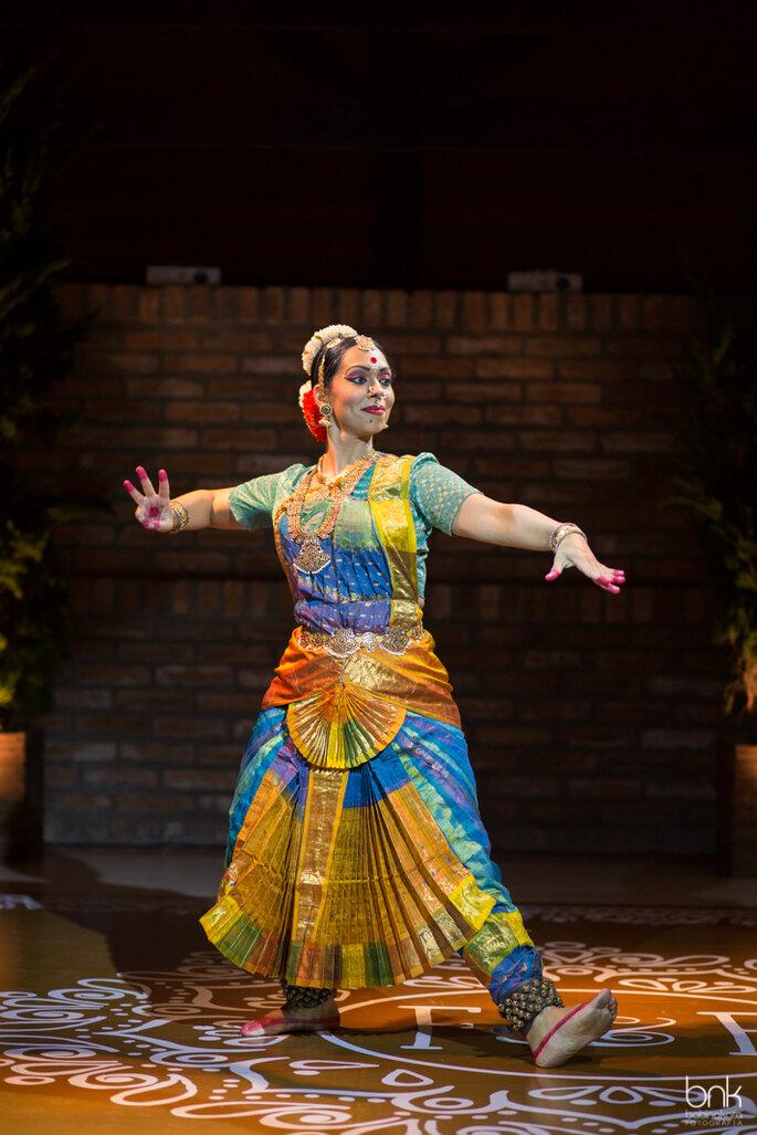 Apresentação de dança clássica indiana