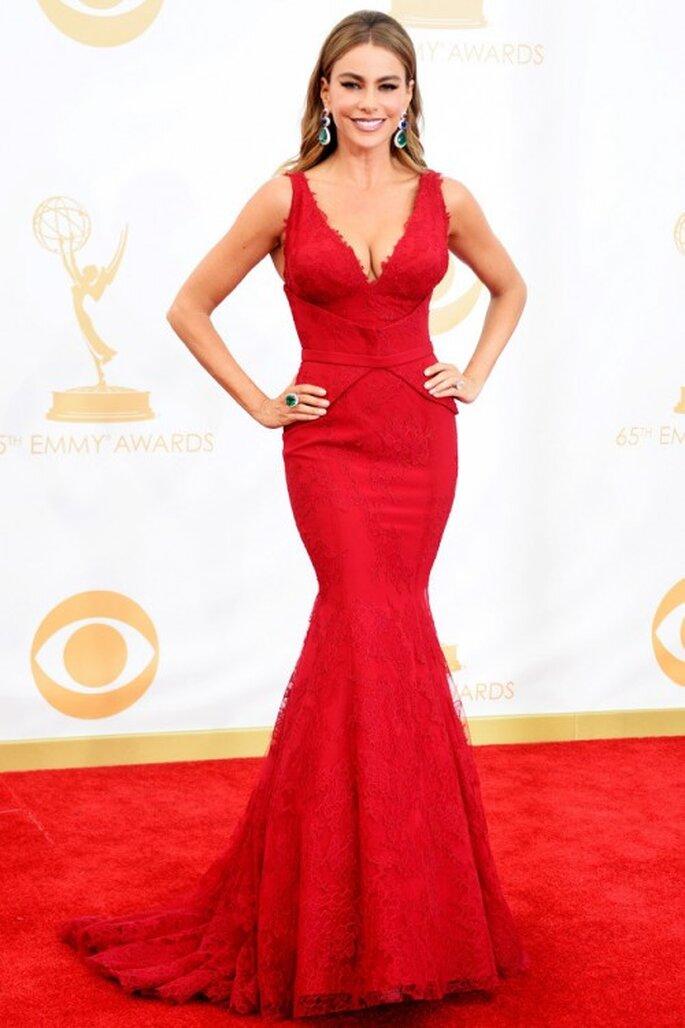 Sofía Vergara en la red carpet de los premios Emmy con un vestido Vera Wang - Foto getty