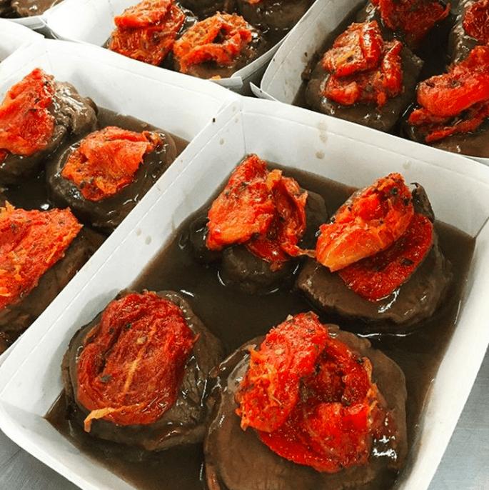 Filé Mignon ao molho Malbec com tomates secos