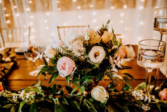 quanto custa um casamento: flores centro de mesa