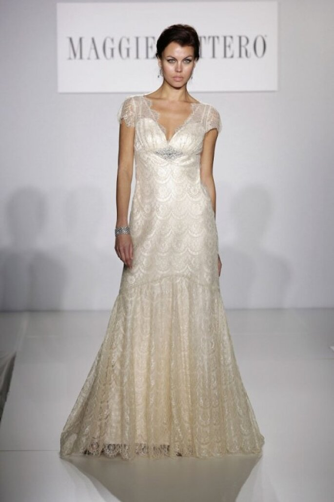 Vestido de novia elegante 2014 con mangas cortas confeccionadas con encaje - Foto Maggie Sottero