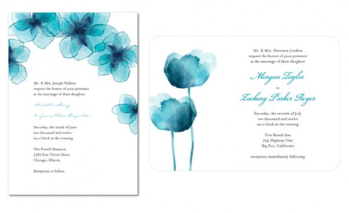 Invitaciones de boda con fondo blanco y flores en color azul vibrante - Foto Wedding Paper Divas