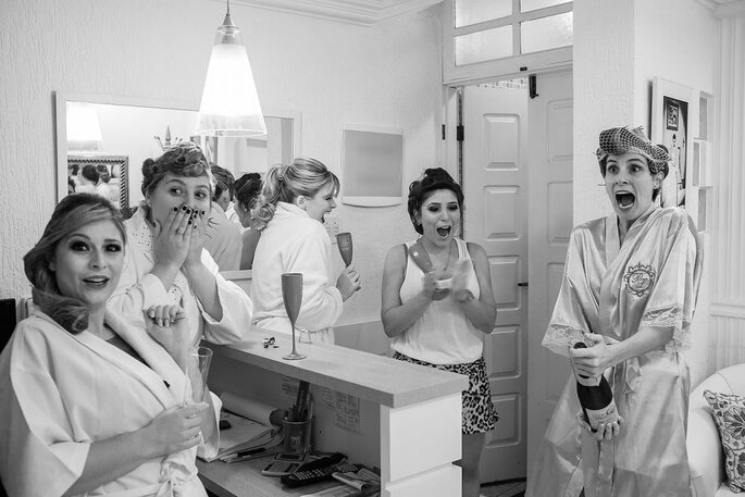 Noiva e madrinhas por Alexandre Rechtman