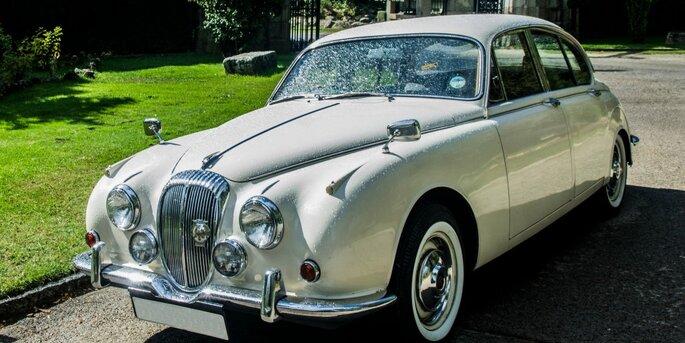 coche de boda clásico