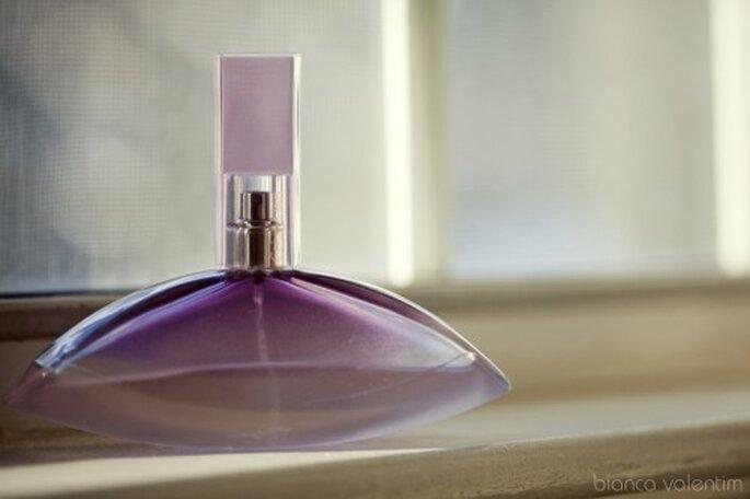 Perfumes originales para boda. Foto de Bianca Valentim.