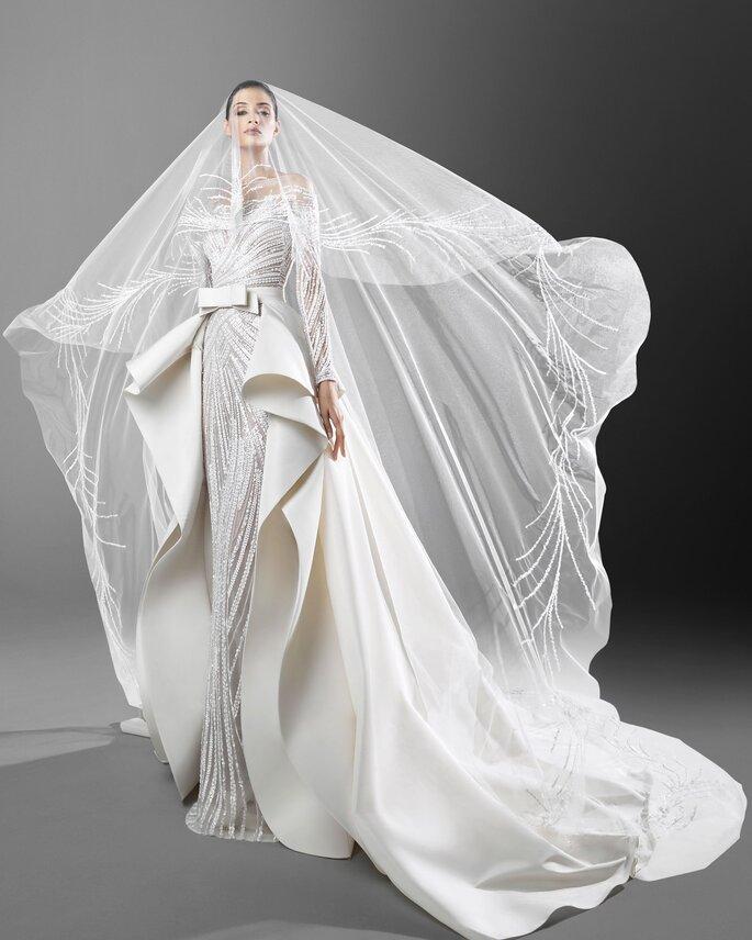 Robe de mariée haute couture avec un voile