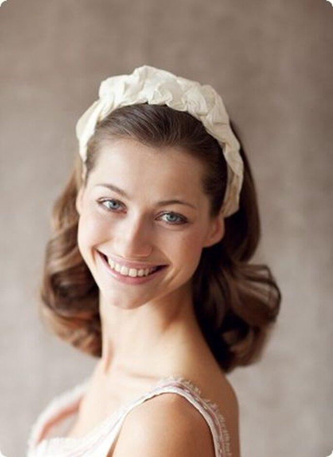 Modell Chloe - eleganter zeitloser Haarreif aus geraffter Wildseide