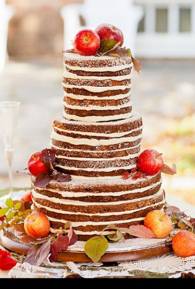 Pastel de bodas de otoño con queso crema de manzana de CarriedAwayCuisine