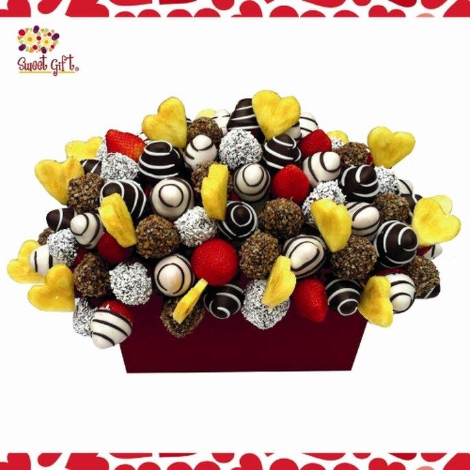 Centros de mesa con arreglos frutales. Foto de Sweet Gift