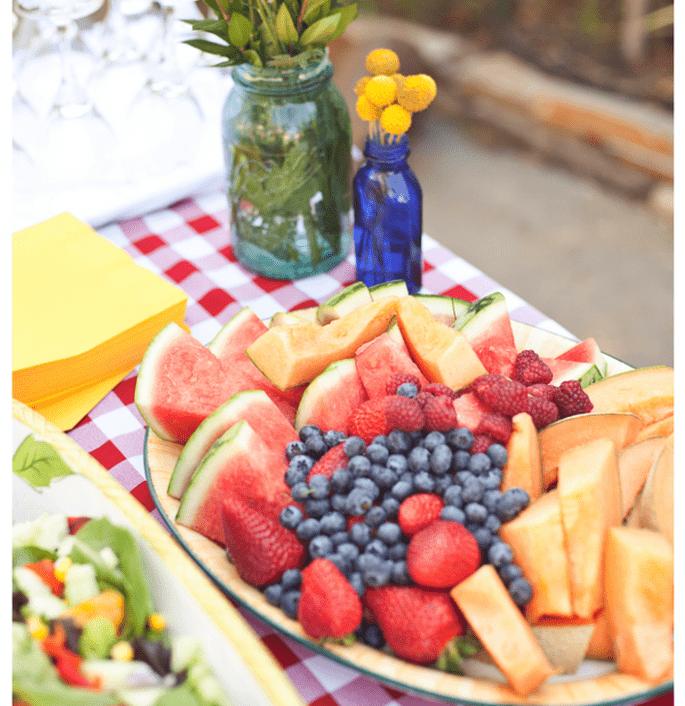 Fruits in your wedding decor - Photo: Brandi Welles