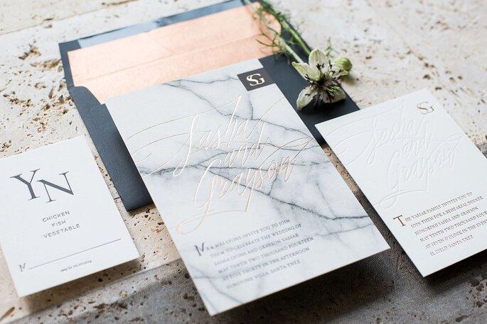 Papelaria de casamento com efeito marble