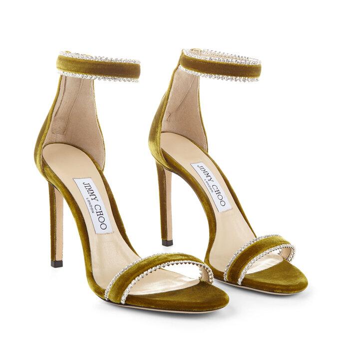 Zapatos para novias, tipo sandalias en verde con correa al tobillo