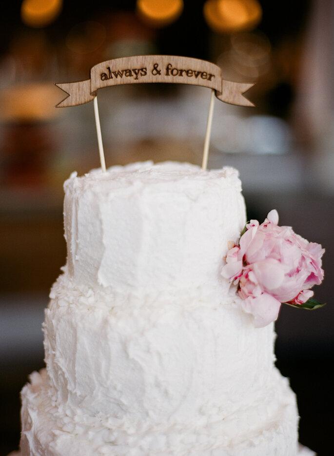 Adornos originales para el pastel de bodas - Foto Nathan Westfield Photography