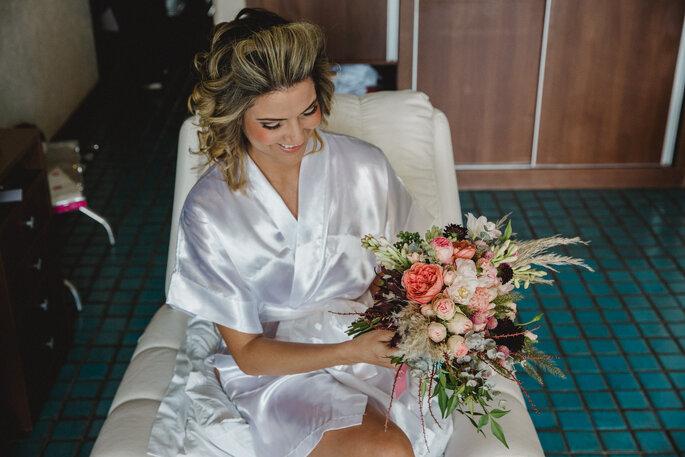 Buquê da noiva: Aurora Atelier Floral - Foto: Alexandre Rechtman