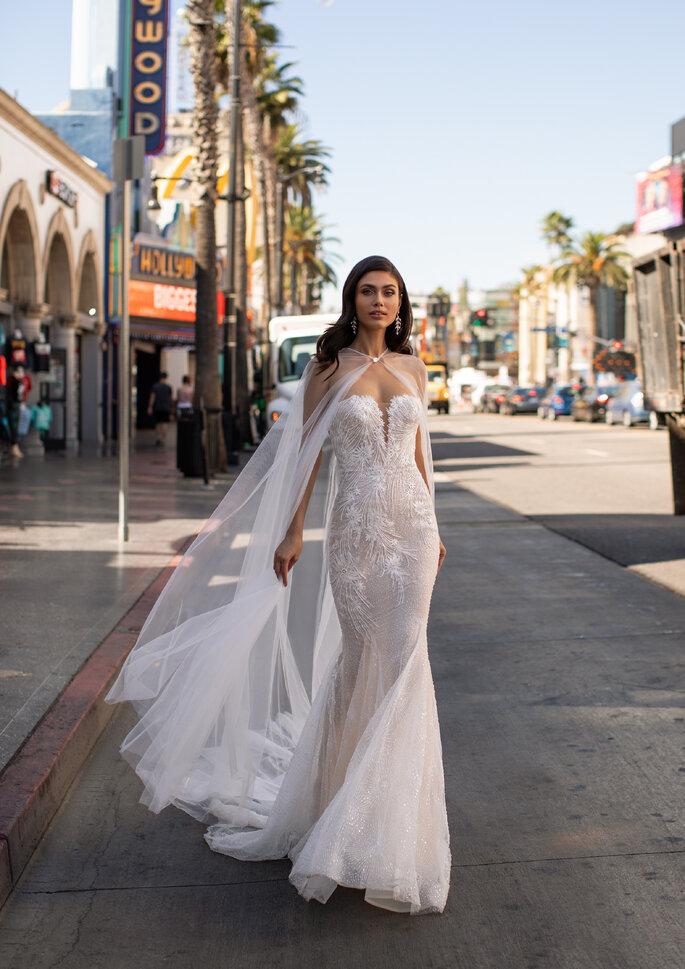 Vestidos de novia con capa