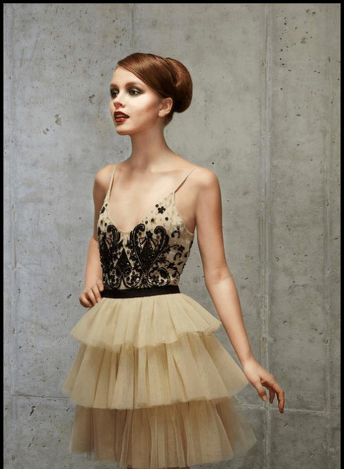 Vestido de novia con falda de tul en color oro - Foto Alice + Olivia