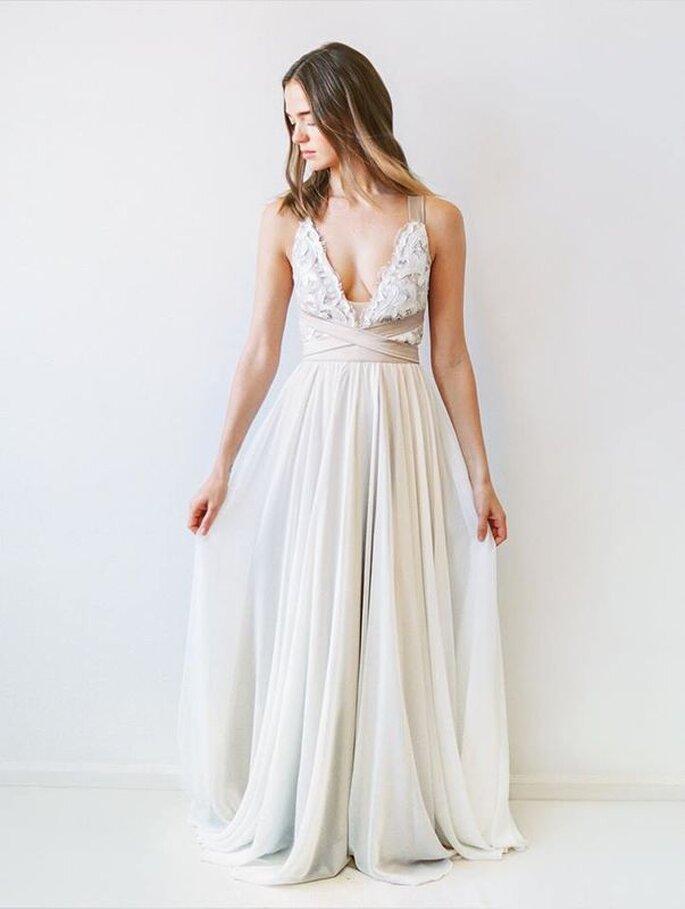 Robe de mariée avec un décolleté