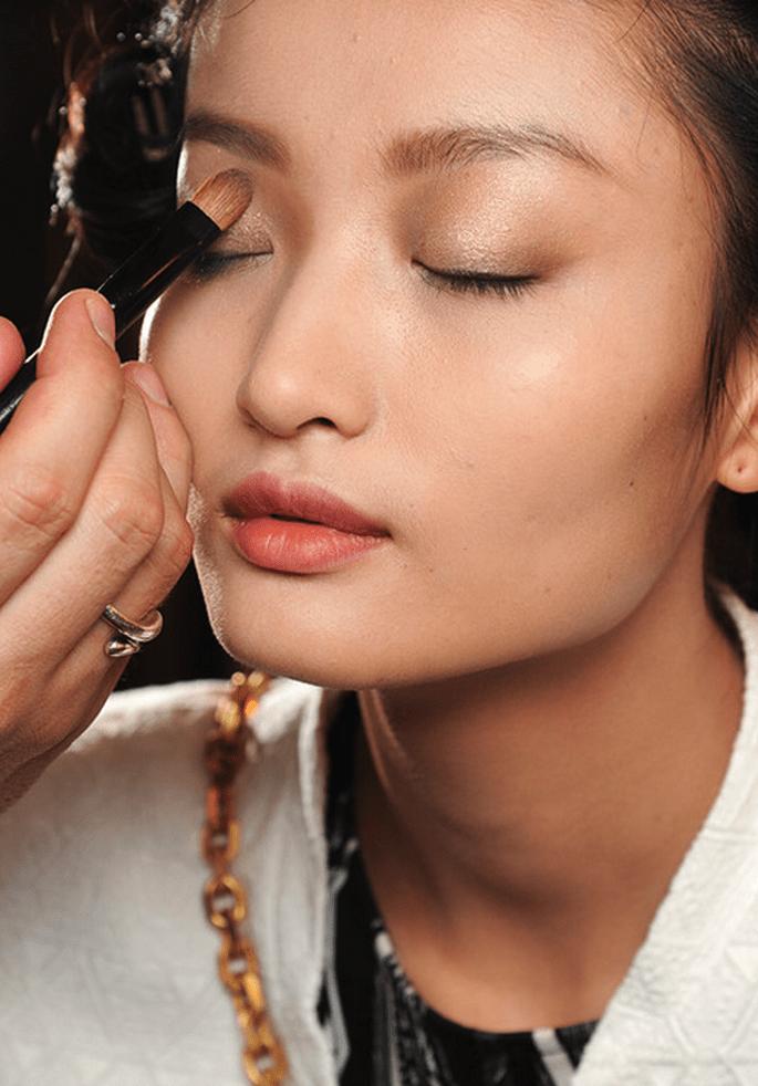 Look natural para tu maquillaje de novia - Foto Armani Privé