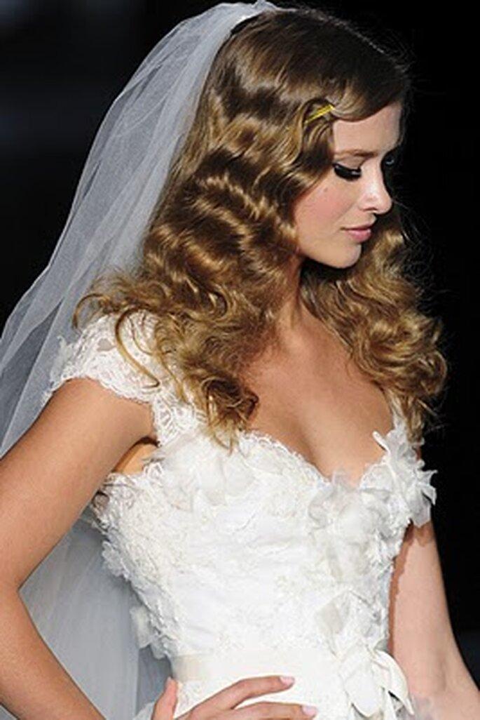 En el desfile de Pronovias vimos novias con pelo suelto y ondas