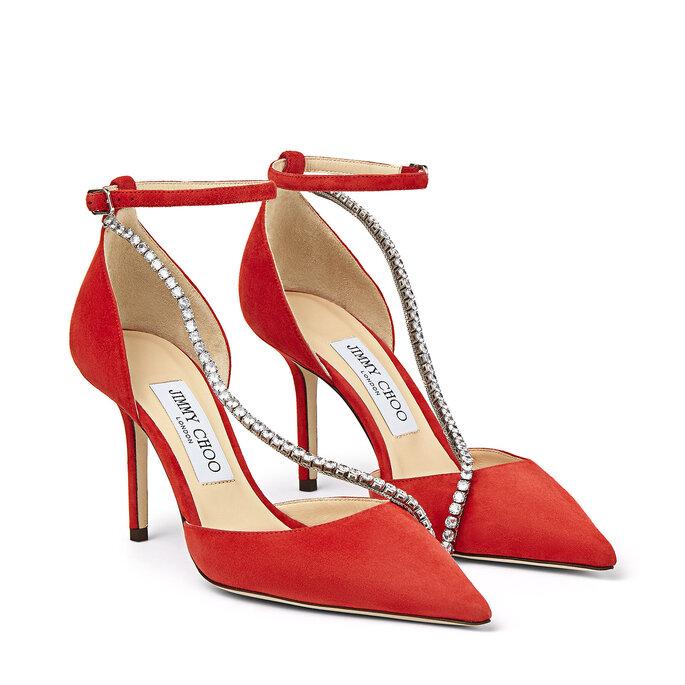 Zapatos de novia rojos con correa de piedras