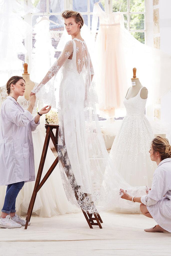 Cómo conseguir un vestido de novia personalizado? ¡En un atelier!