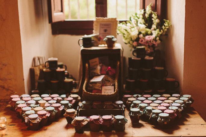 Selbstgemacht Marmelade als Dankeschön für Ihre Hochzeitsgäste! Foto: Jairo Crena