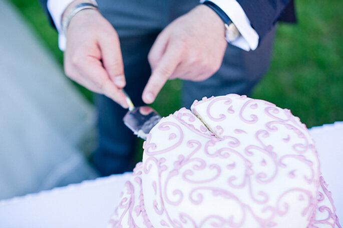 Kunstvoll verzierte Hochzeitstorte. - Foto: jonpride.com