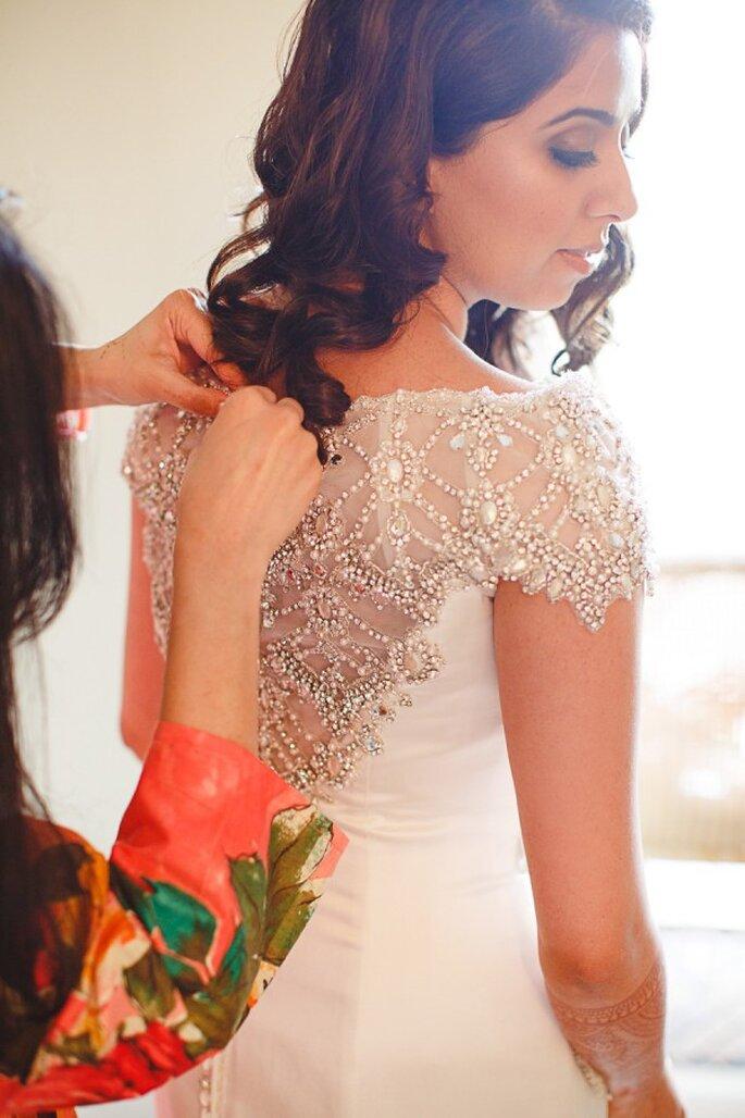 5 cosas que pasarán por tu mente en la prueba de tu vestido de novia - Sea Light Studios