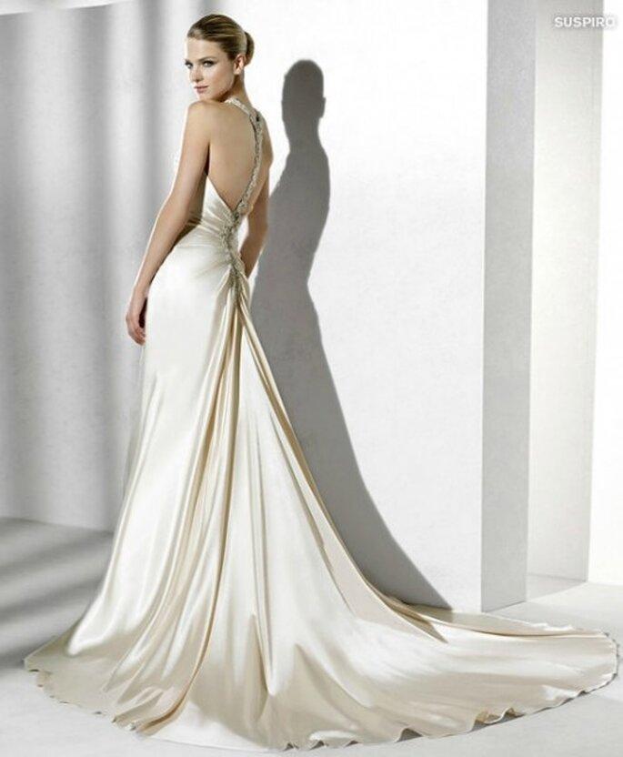 Vestido de novia La Sposa 2012 con espalda descubierta.