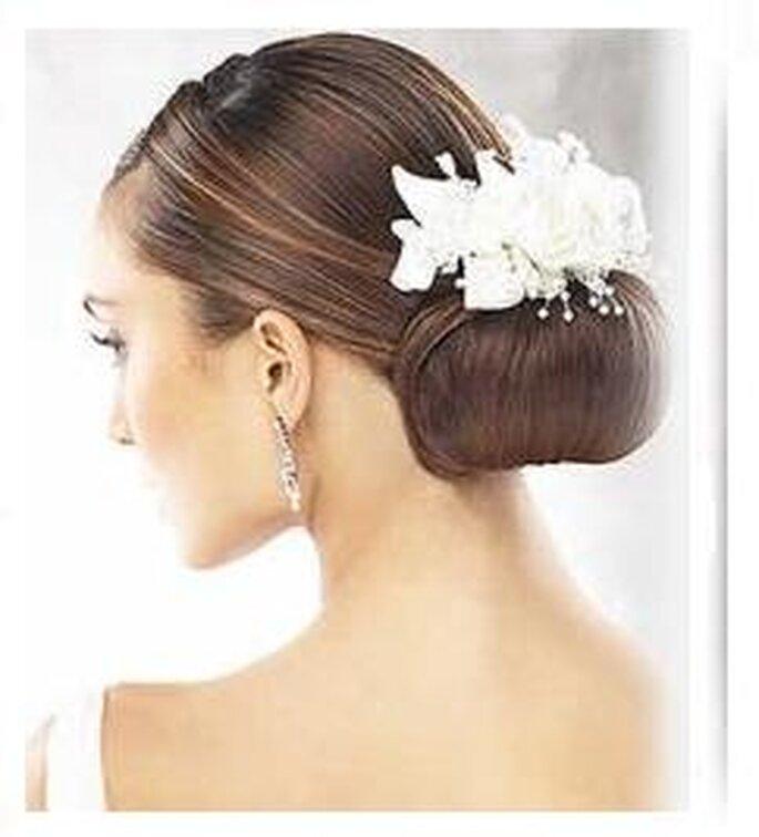 Peinados postizos para novias 2011