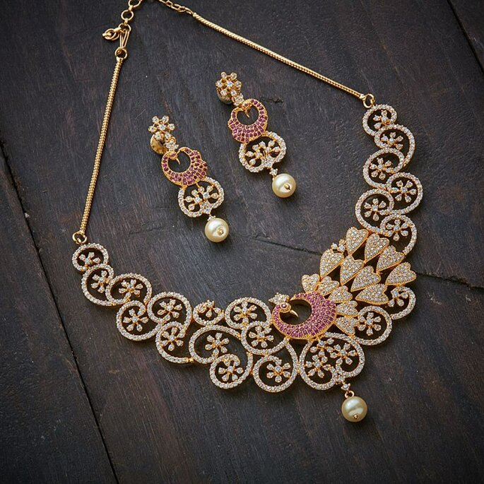Photo: Kushals Fashion Jewellery.