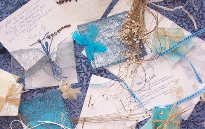 invitaciones de boda en azul por www.noscasamos.eu