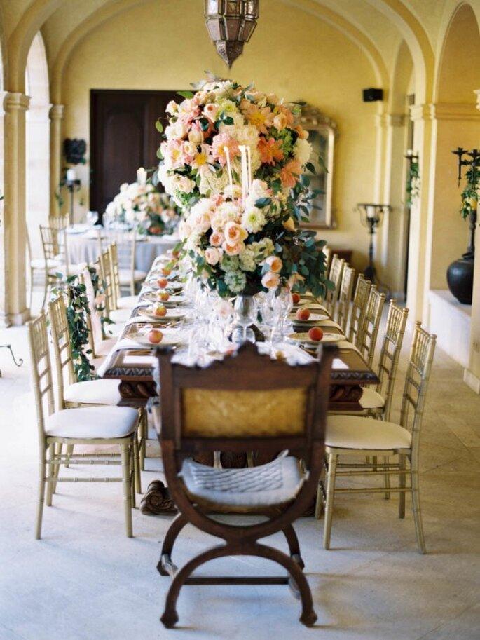 Mobiliario con diseños originales para decorar una boda - Foto Sandoval Studios Photography
