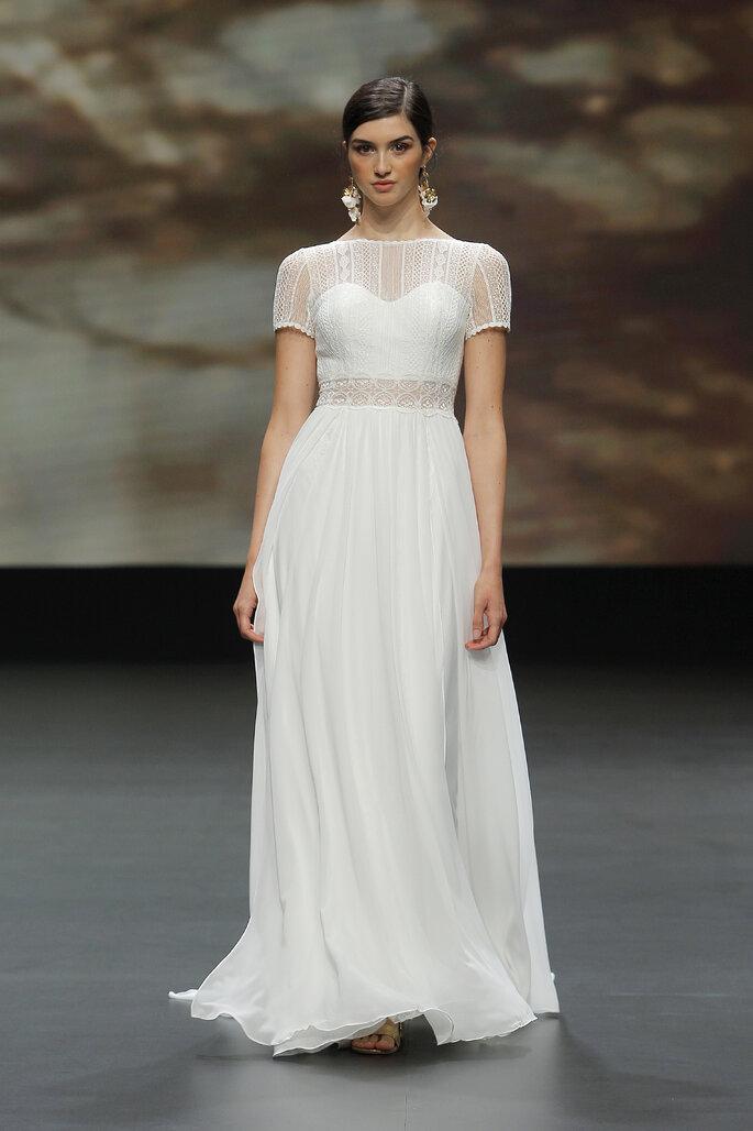 Vestido de novia estilo vintage con corte en A, escote de corazón con mangas cortas con transparencia