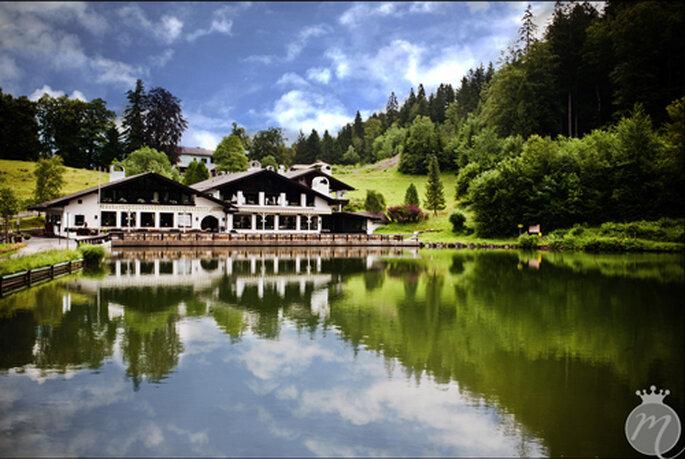 Natur pur - Blick auf das Seehaus am Riessersee in Garmisch - Foto: Martina Rinke.